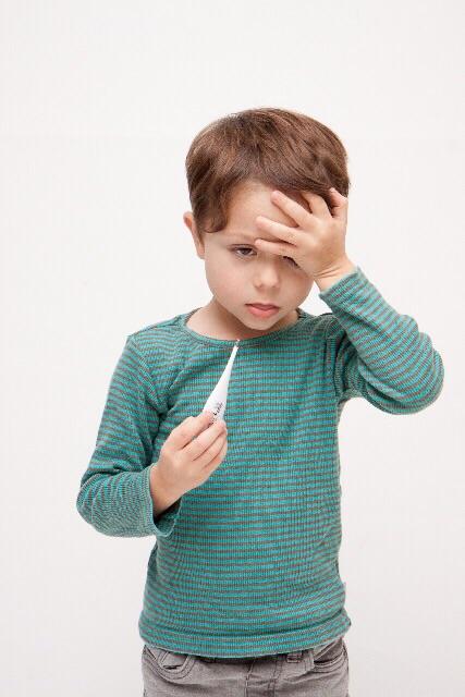 プール熱の感染に注意!子供・大人・妊婦の症状と治療法は?