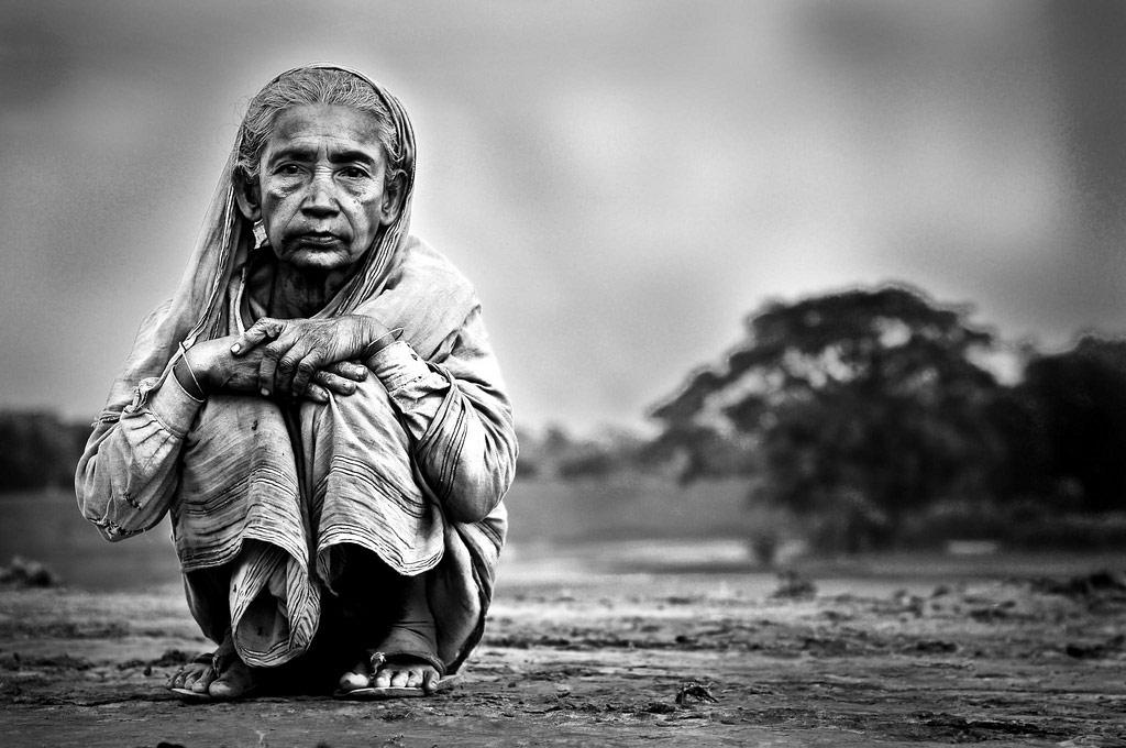セルフネグレクトで「ごみ屋敷」「孤独死」!高齢者だけでなく若者も注意!200万人越えで深刻化。