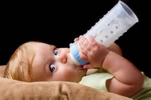 『液体ミルク』2019年春に国内販売開始?今すぐ日本で買うならココ!